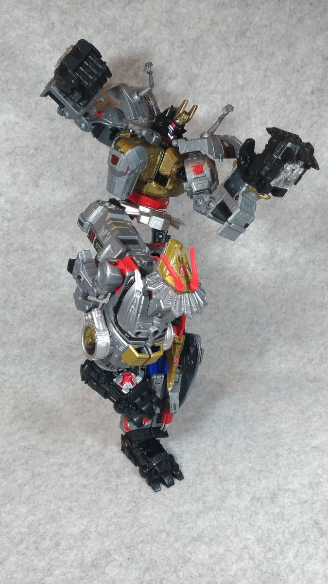 Transformers News: New Configuration Found for Transformers Power of the Primes Dinobot Combiner Using Only 3 Robots