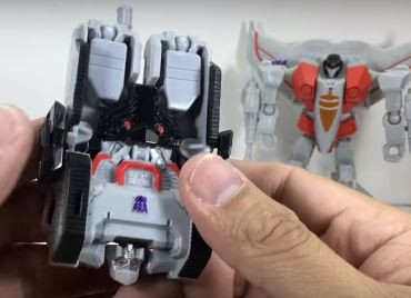 "Transformers News: In Depth Look at All New Transformers 4.5"" Toys in Video Review of Megatron, Optimus, Starscream"