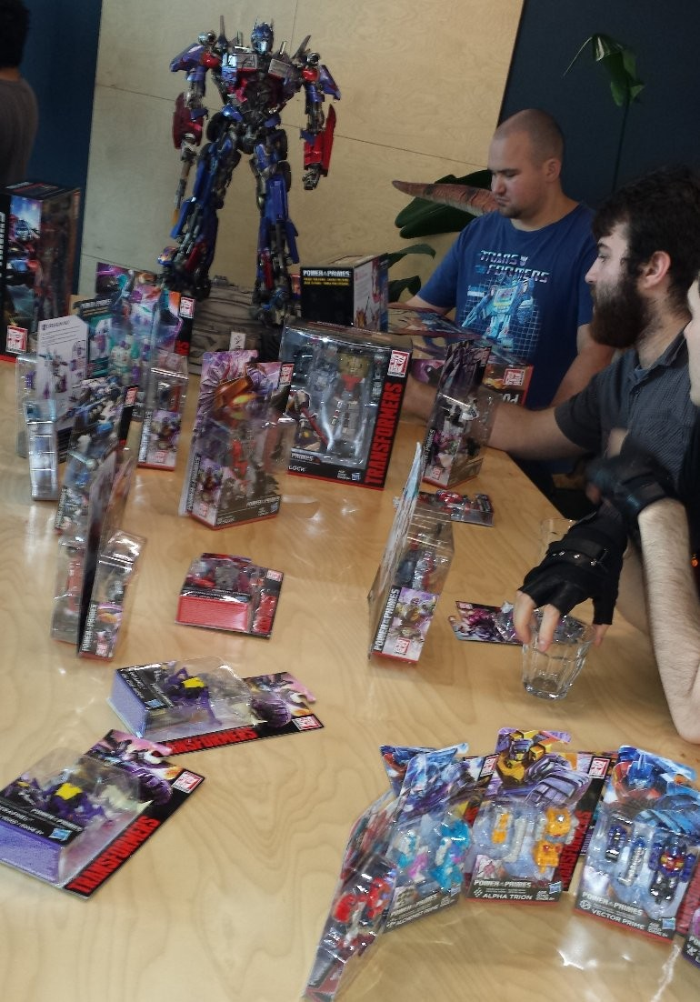 Transformers News: Australian Transformers Power of the Primes Reveal and Fan-Play Event Images
