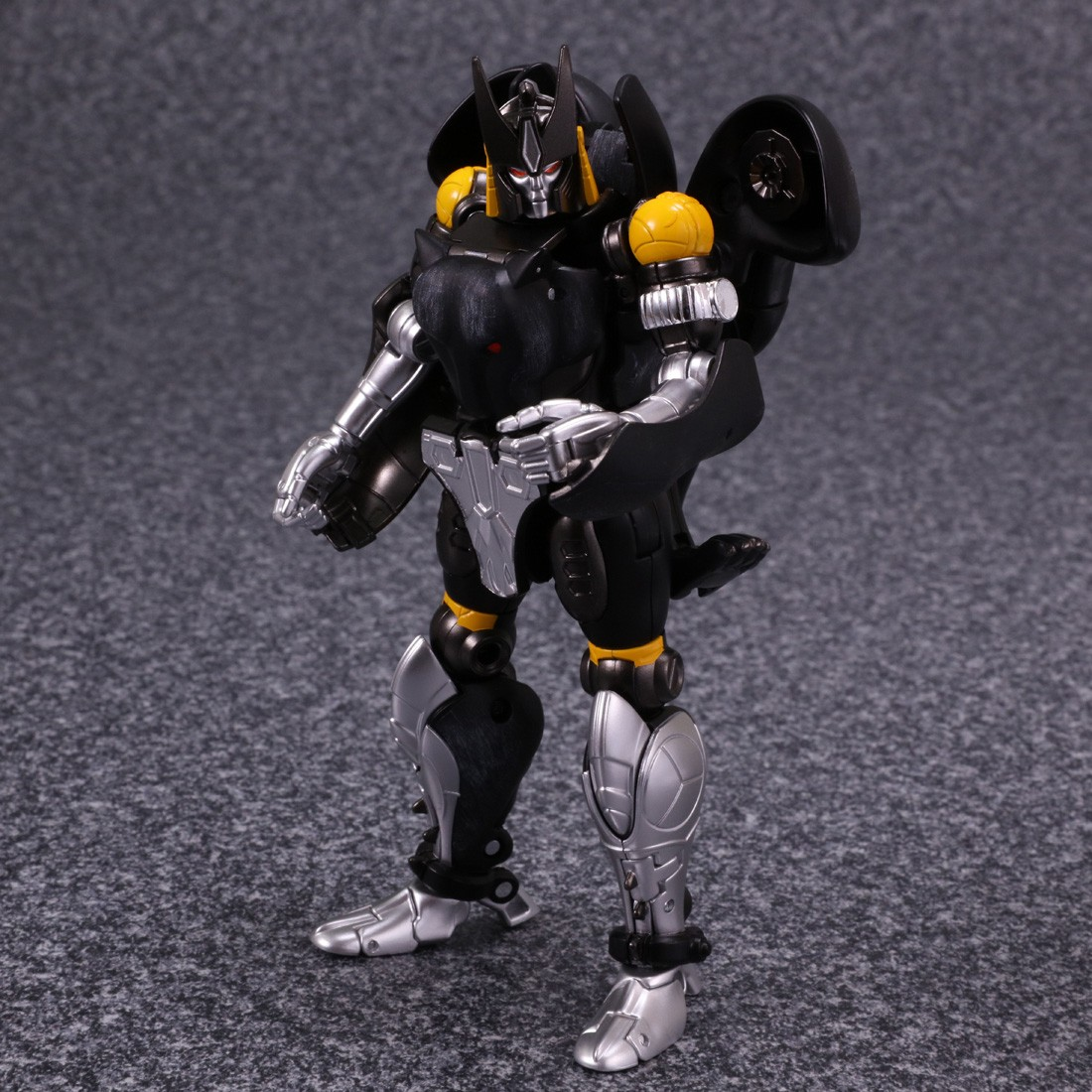 Transformers News: More Images of Transformers Masterpiece MP-34S Shadow Panther