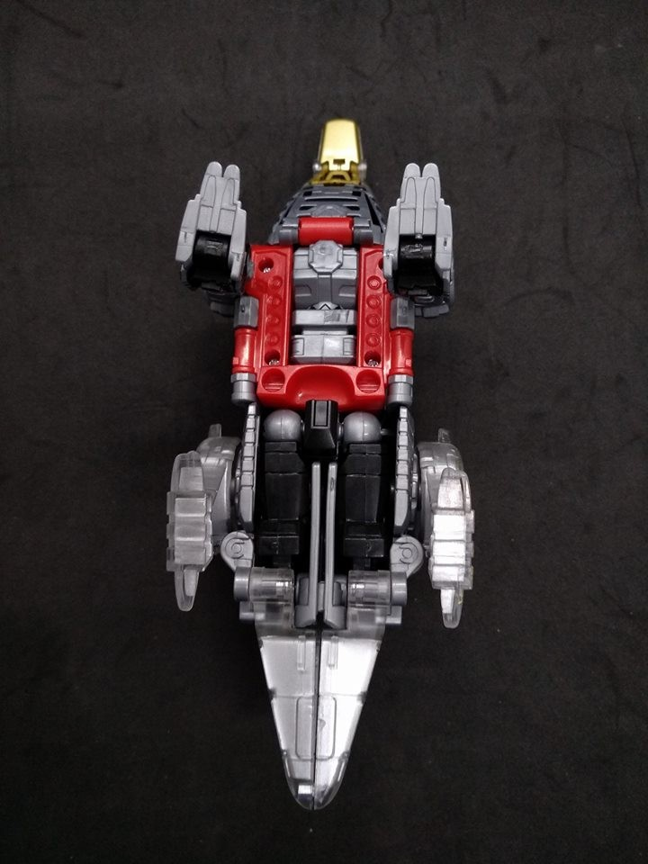 Transformers News: In Hand Images of Power of the Primes Sludge, Snarl, Rippersnapper, Moonracer and Blackwing