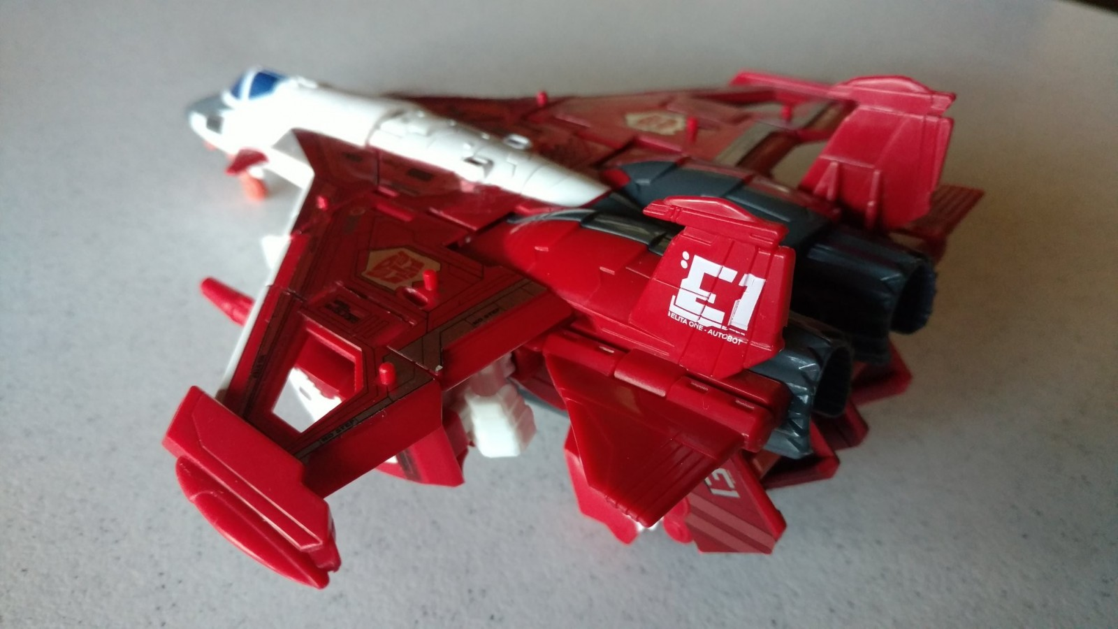 Transformers News: Video Reviews for Transformers Power of the Primes Elita-1 and Hun-Gurrr