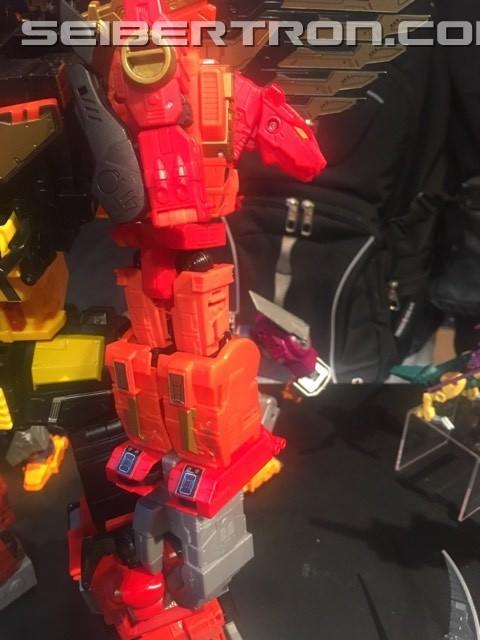 Transformers News: Toy Fair 2018 - Transformers Power of the Primes Predaking Revealed #HasbroToyFair #NYTF