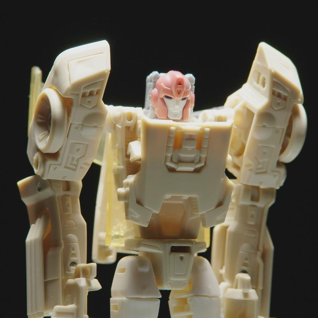 Transformers News: Netflix The Toys That Made Us Transformers Episode Coming in Next Three Months, More Seasons Possibl