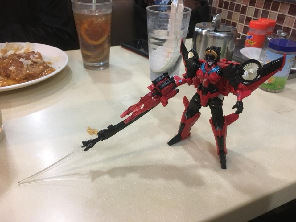 Transformers News: Packaging + In Hand Images of Takara Legends 61 Decepticon Clones, 62 Windblade and 63 G2 Megatron