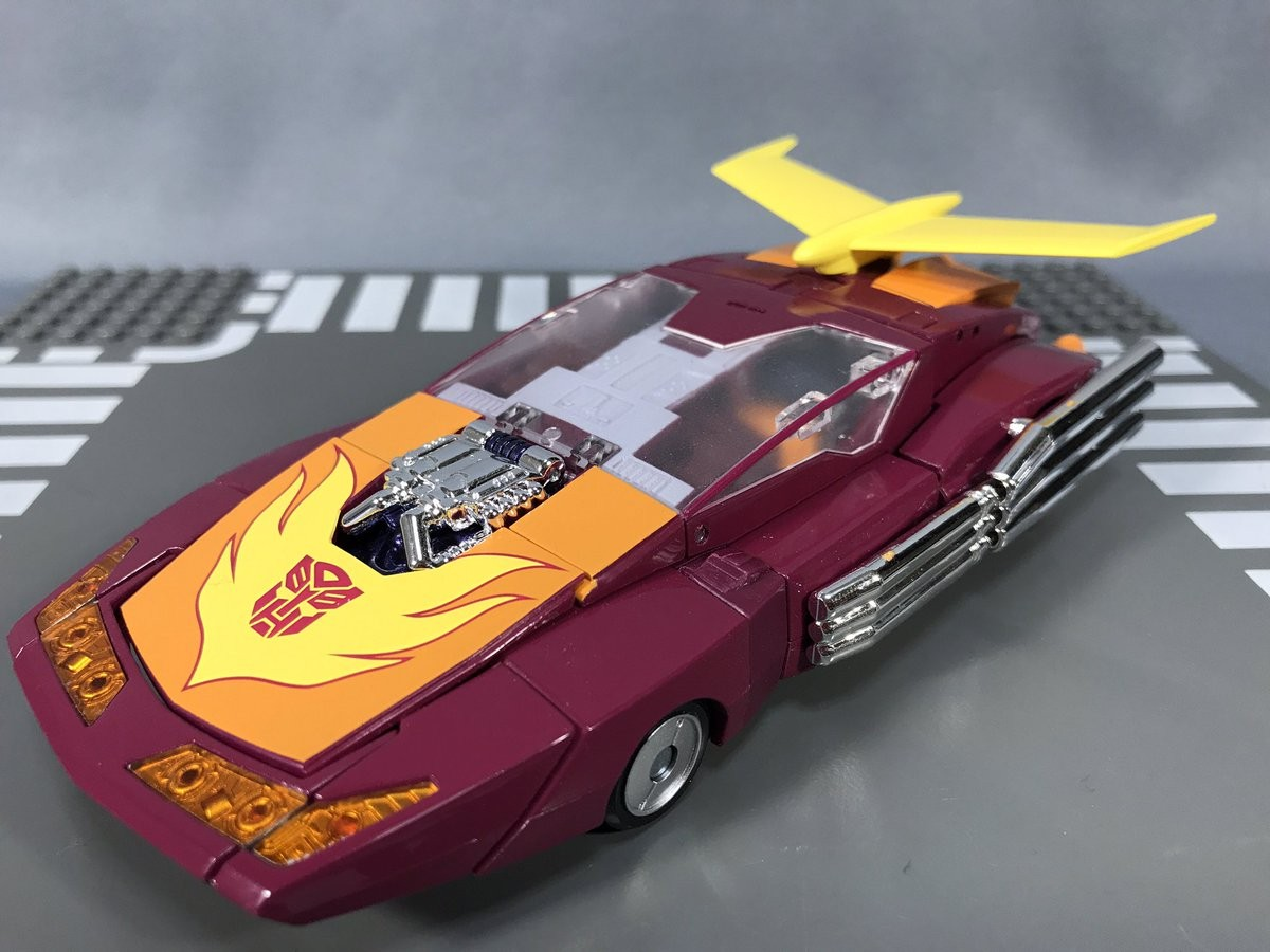 Transformers News: In-Hand Images of Takara Tomy Masterpiece MP-40 Targetmaster Hot Rodimus