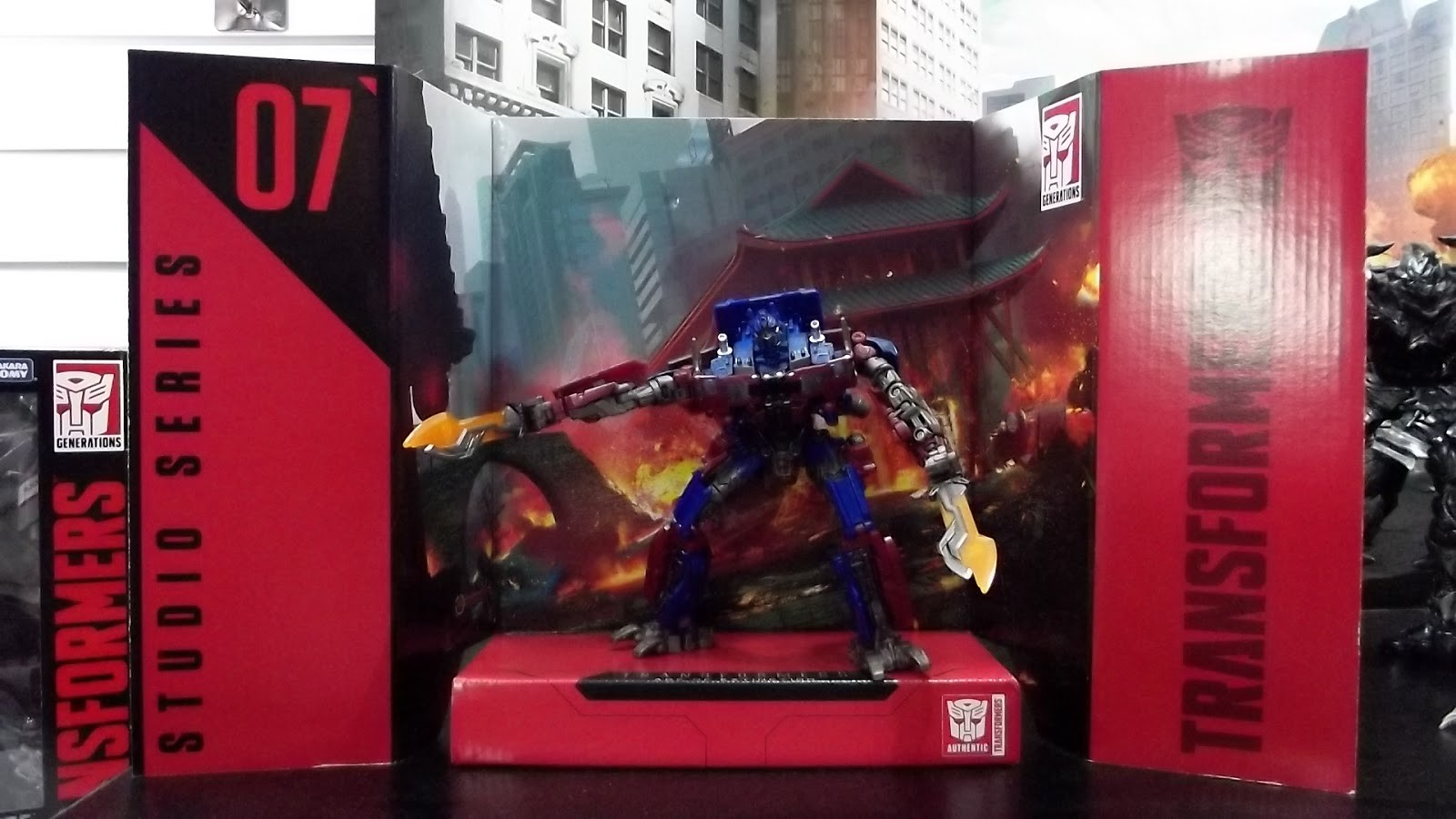 Transformers News: Images of Transformers Studio Series from Brazil Toy Fair ABRIN 2018