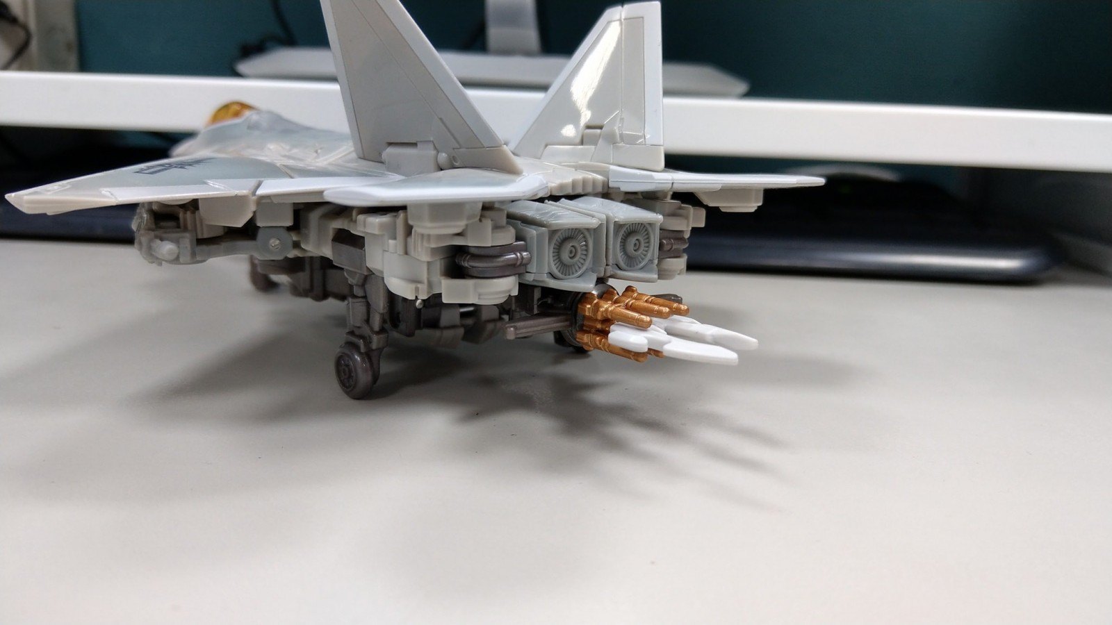 Transformers News: In-Hand Images of Transformers Studio Series 06 Starscream