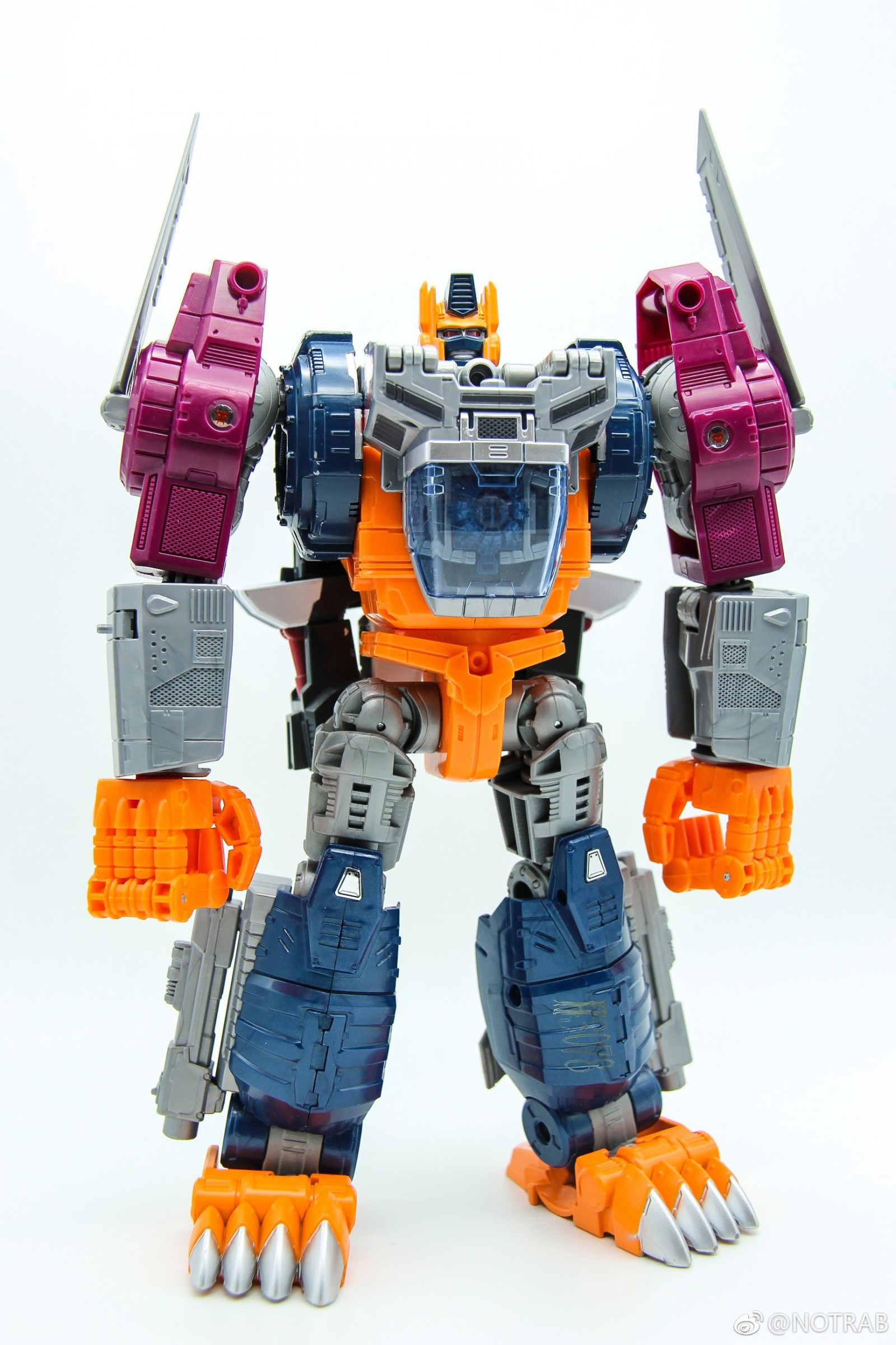 Transformers News: In-Hand Images of Transformers Power of the Primes Optimal Optimus