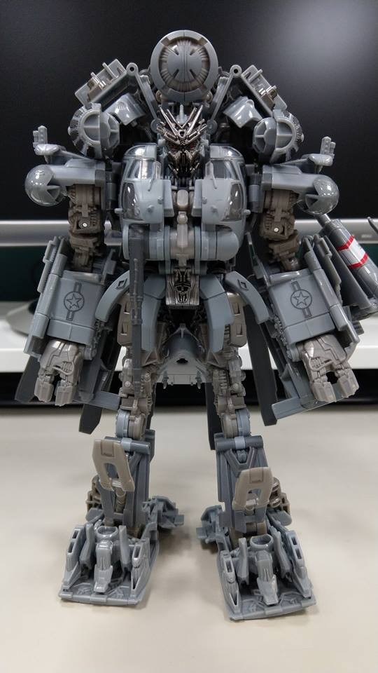 Transformers News: Over 50 In Hand Images of Transformers Studio Series Leader Blackout