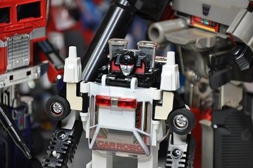 Transformers News: Possible Takara Tomy Transformers Masterpiece MP-42 Diaclone Sunstreaker Listing