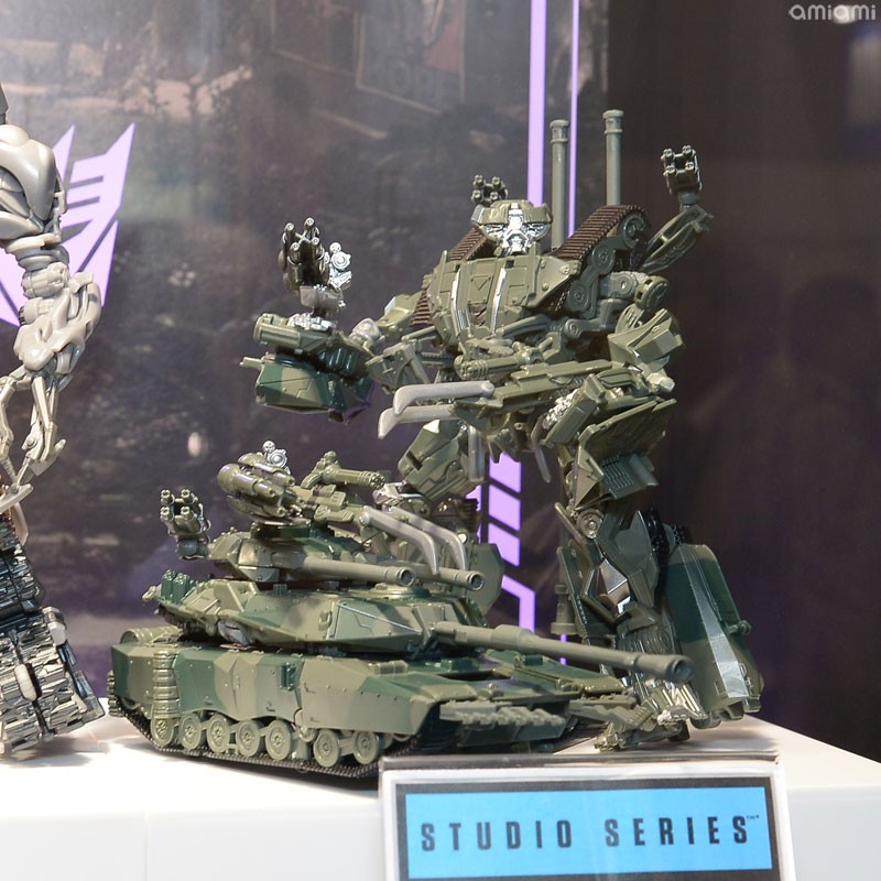 Transformers News: Display Images of Transformers Studio Series Brawl and Megatron