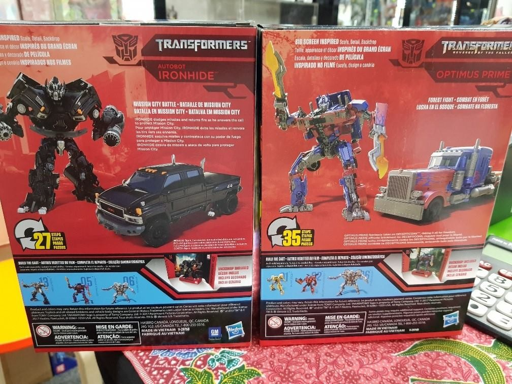 Transformers News: In Package Images of Transformers Studio Series Voyager Ironhide