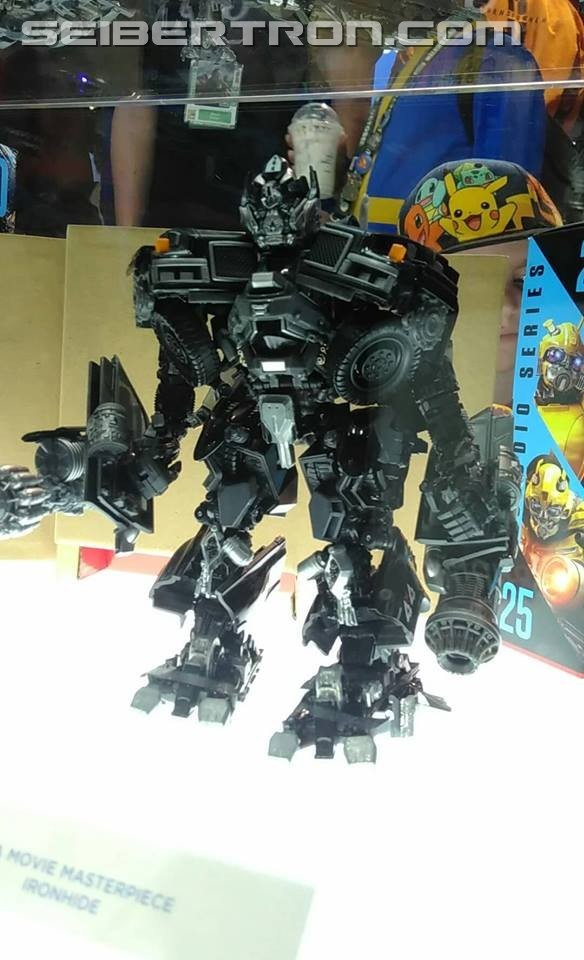 Transformers News: Transformers Movie Masterpiece MPM-6 Ironhide On Display at San Diego Comic Con #HasbroSDCC