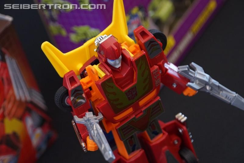 Transformers News: Gallery of Transformers Generation 1 Toy Reissues Shown at SDCC 2018 Updated with Video