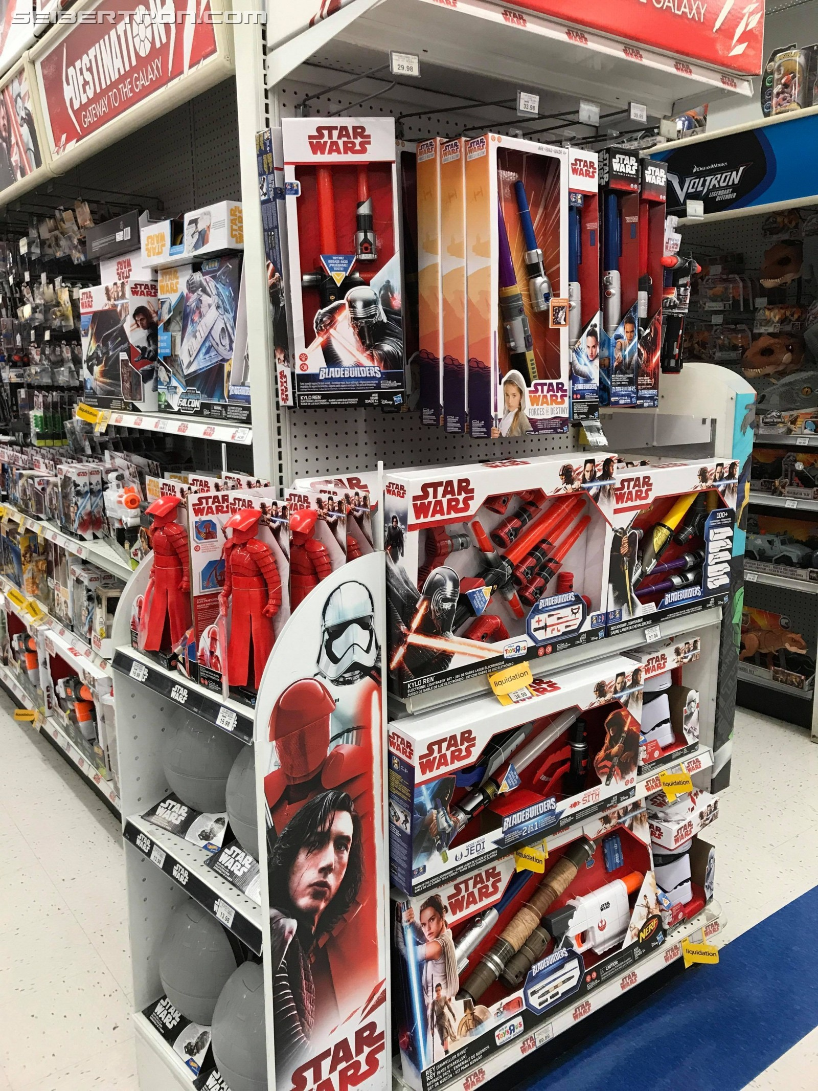 Transformers News: How Transformers Fans Have it Better than the Rest When it Comes to Younger vs Older Kids Toys