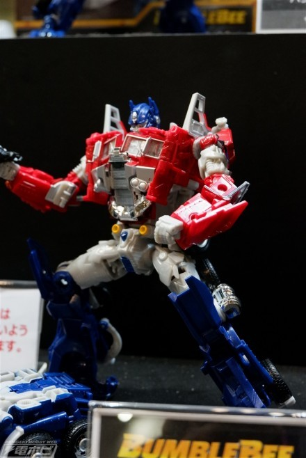 Transformers Legendary Optimus Prime New