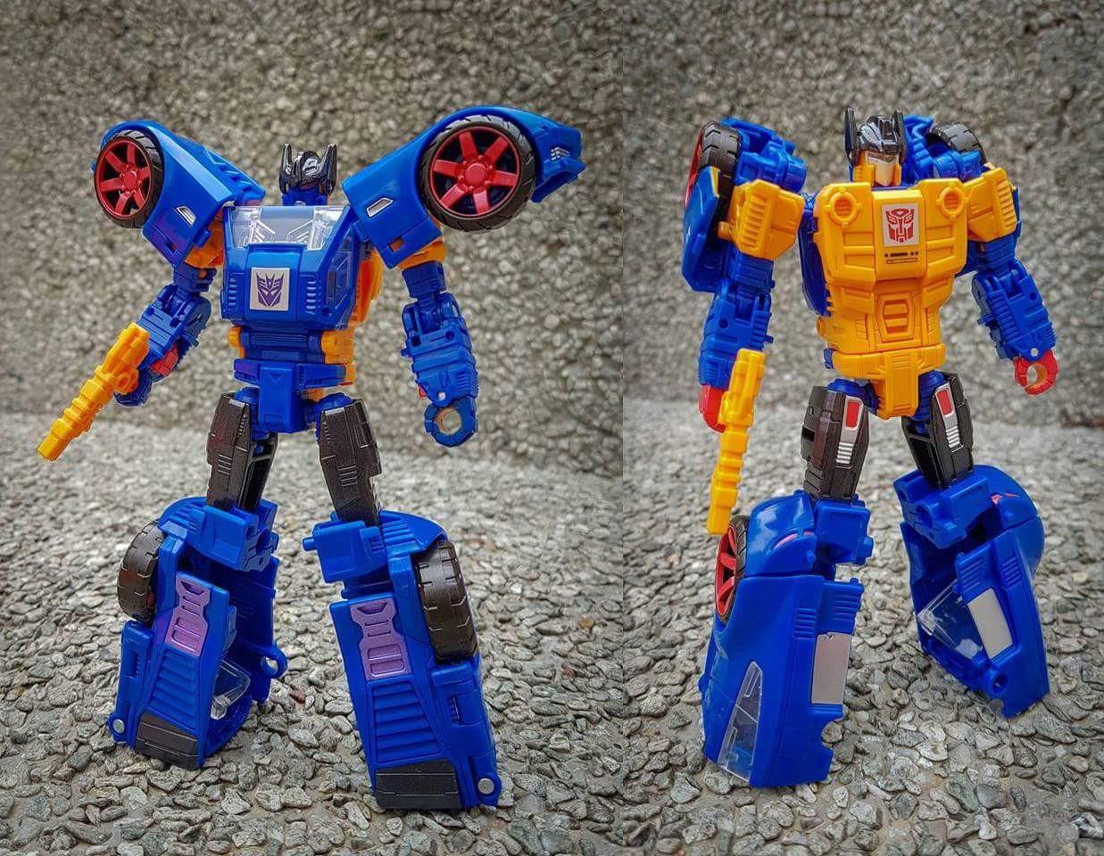 Transformers Generations Premier wars trilogy Punch-Counterpunch exclusive en main