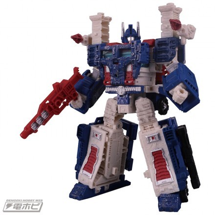 Transformers News: New stock images for Transformers War for Cybertron: Siege from Dengeki Hobby magazine.