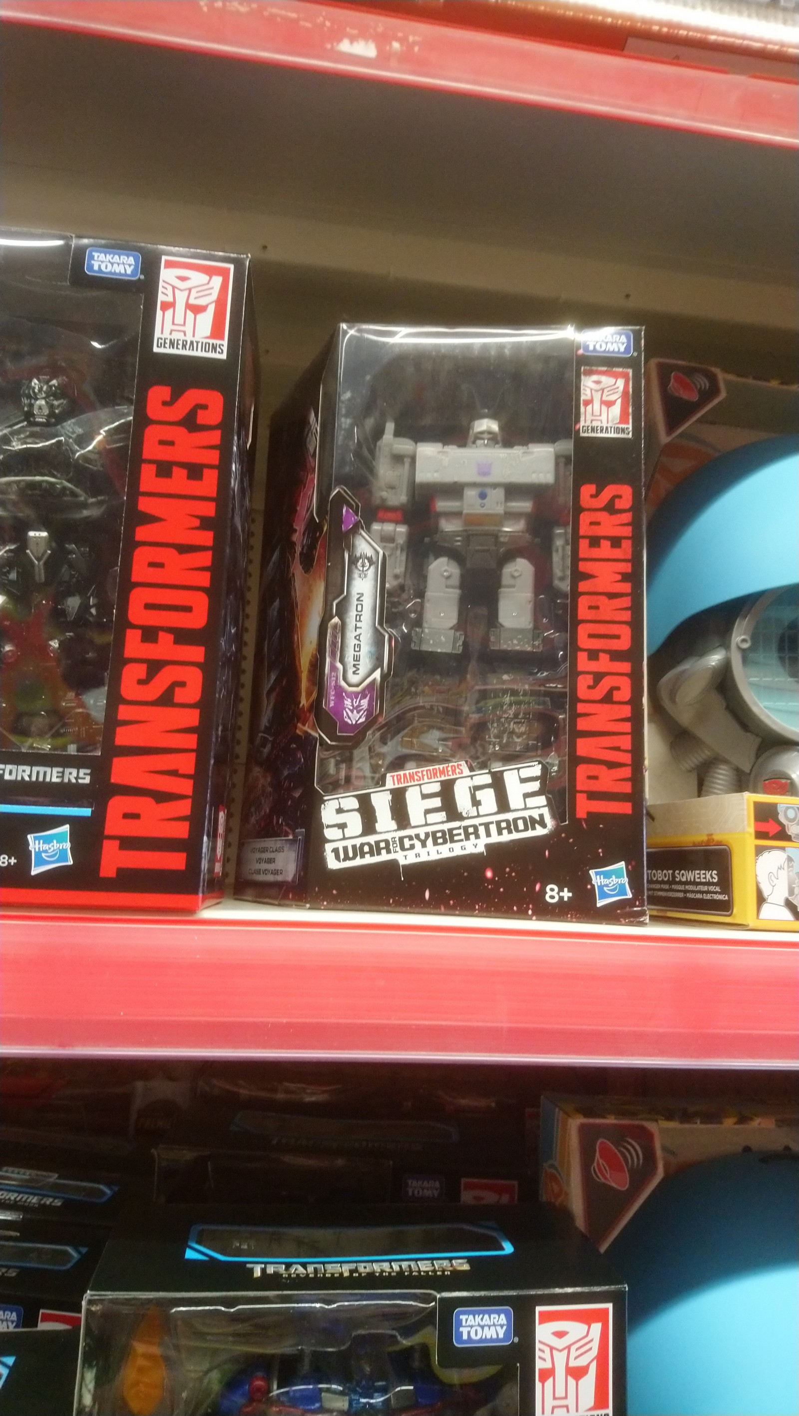 Transformers News: Transformers War for Cybertron: Siege Figures Sighted At UK Retail