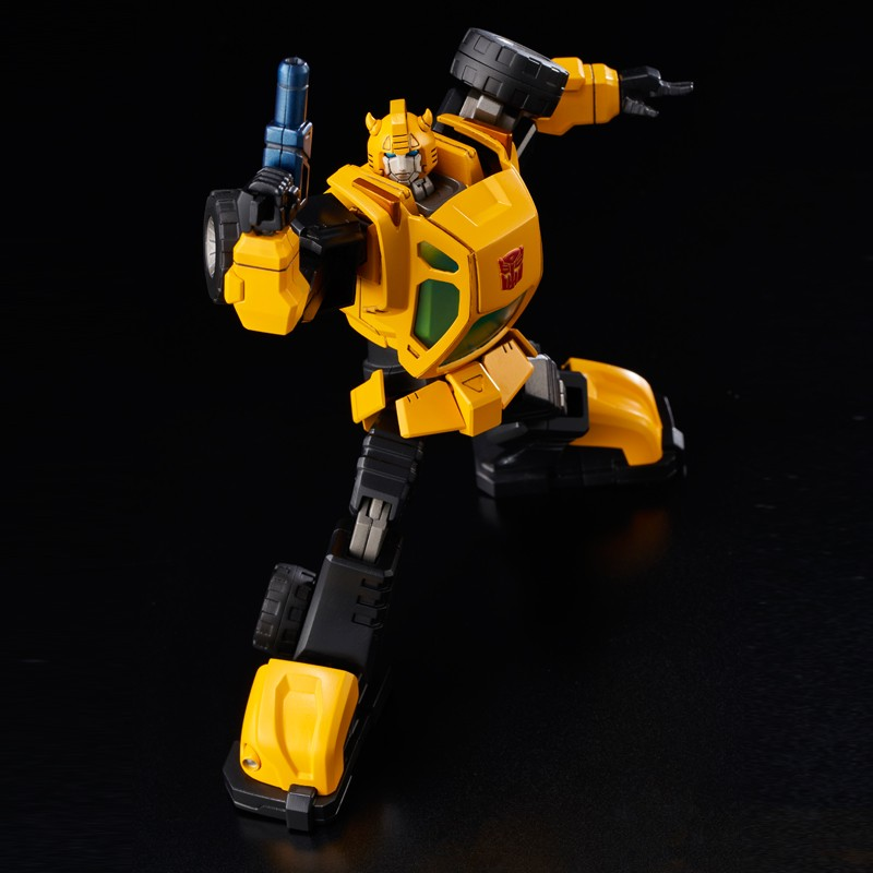 Transformers News: Flame Toys Furai Model Kit Bumblebee up for Pre-Order, Colored Devastator Shots, Kuro Kara Kuri Star