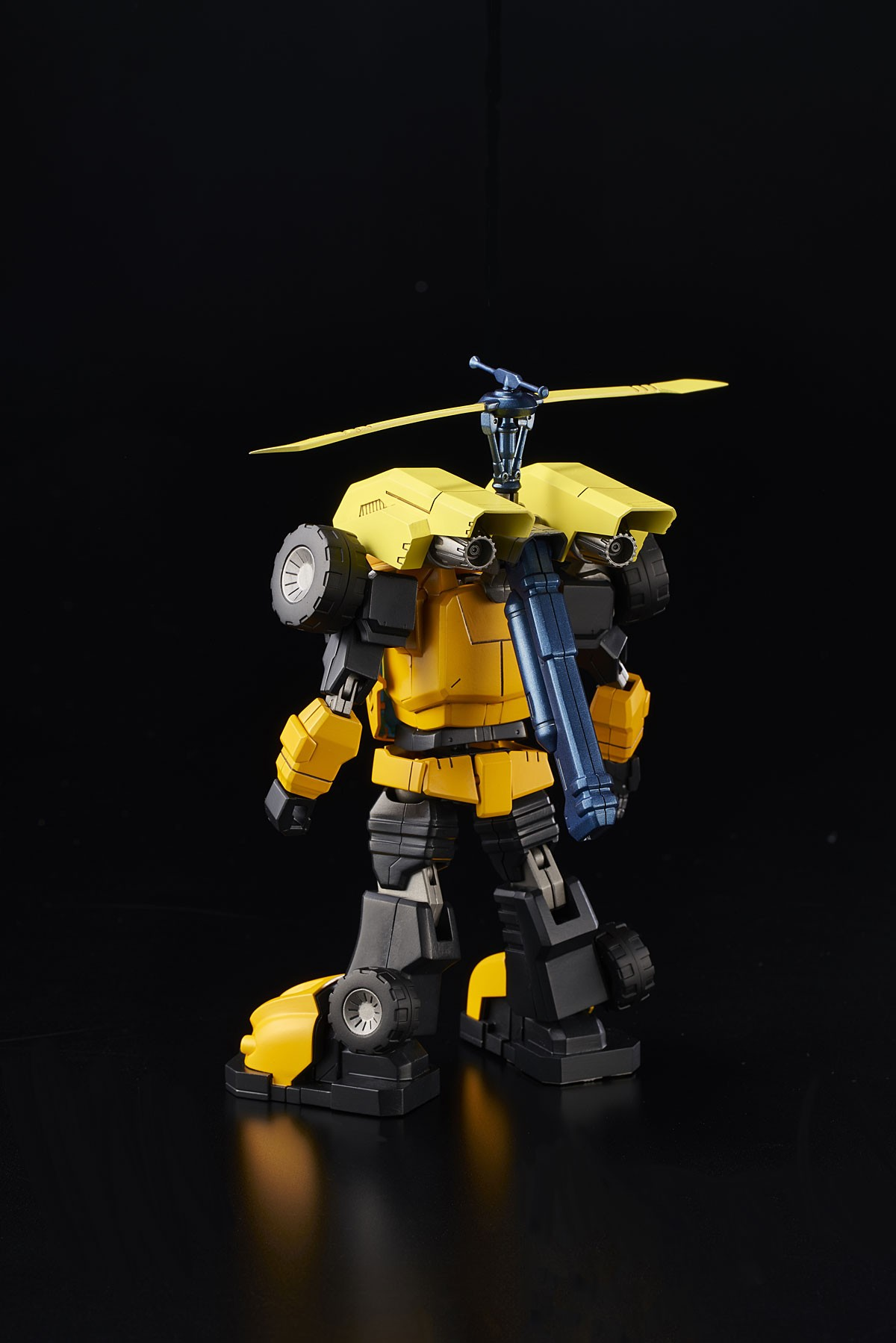 Transformers News: Pre-Orders and Gallery For Bluefin Transformers Star Saber and Bumblebee Collectibles By Flame Toys