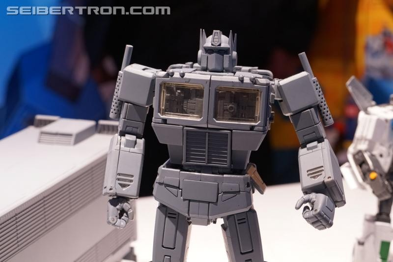 Transformers News: Gallery and Video for Masterpieces at 2019 New York Toy Fair #tfny #hasbrotoyfair
