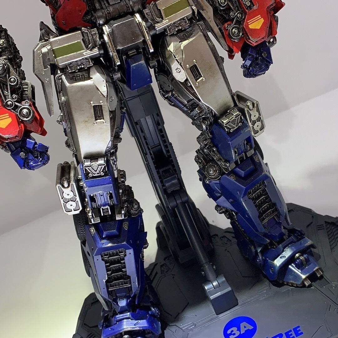 Transformers News: New Images Of 3A Bumblebee Movie Optimus Prime Non-transforming Figure