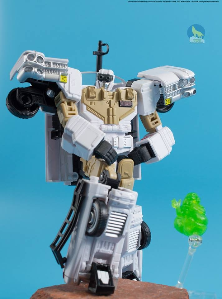 Transformers News: New In-Hand Images - Transformers x Ghostbusters Ectotron