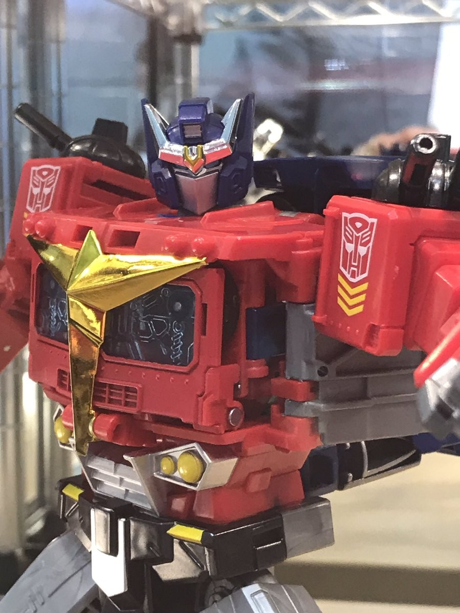Transformers News: More Pics of 2019 Tokyo Show with Siege Mirage, Impactor and $200+ Price Tag for Piranacon