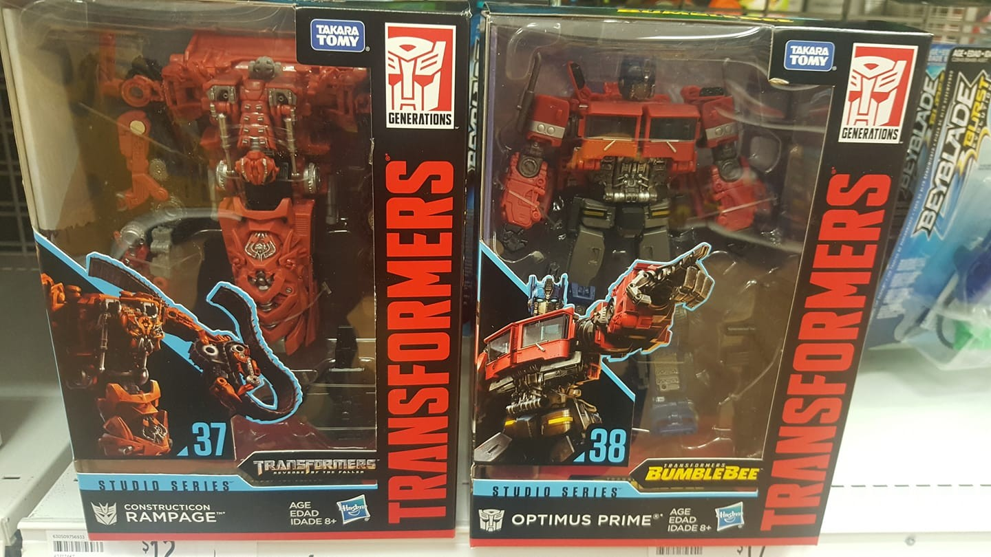 Transformers News: Rundown of Australian Sightings with New Cyberverse Ark Power Prime, Siege Wave 3 And More