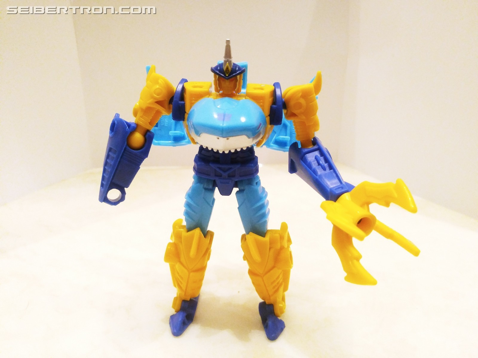 Transformers News: Pictorial Review of New Skybyte Toy from Transformers Cyberverse Spark Armor Battle Class