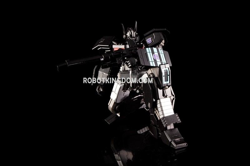 Transformers News: IDW Version Transformers Nemesis Prime SDCC2019 Exclusive at BlueFin Booth