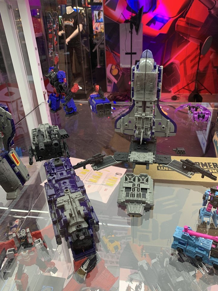 Transformers News: #SDCC2019 Additional Images of Transformers Siege Astrotrain