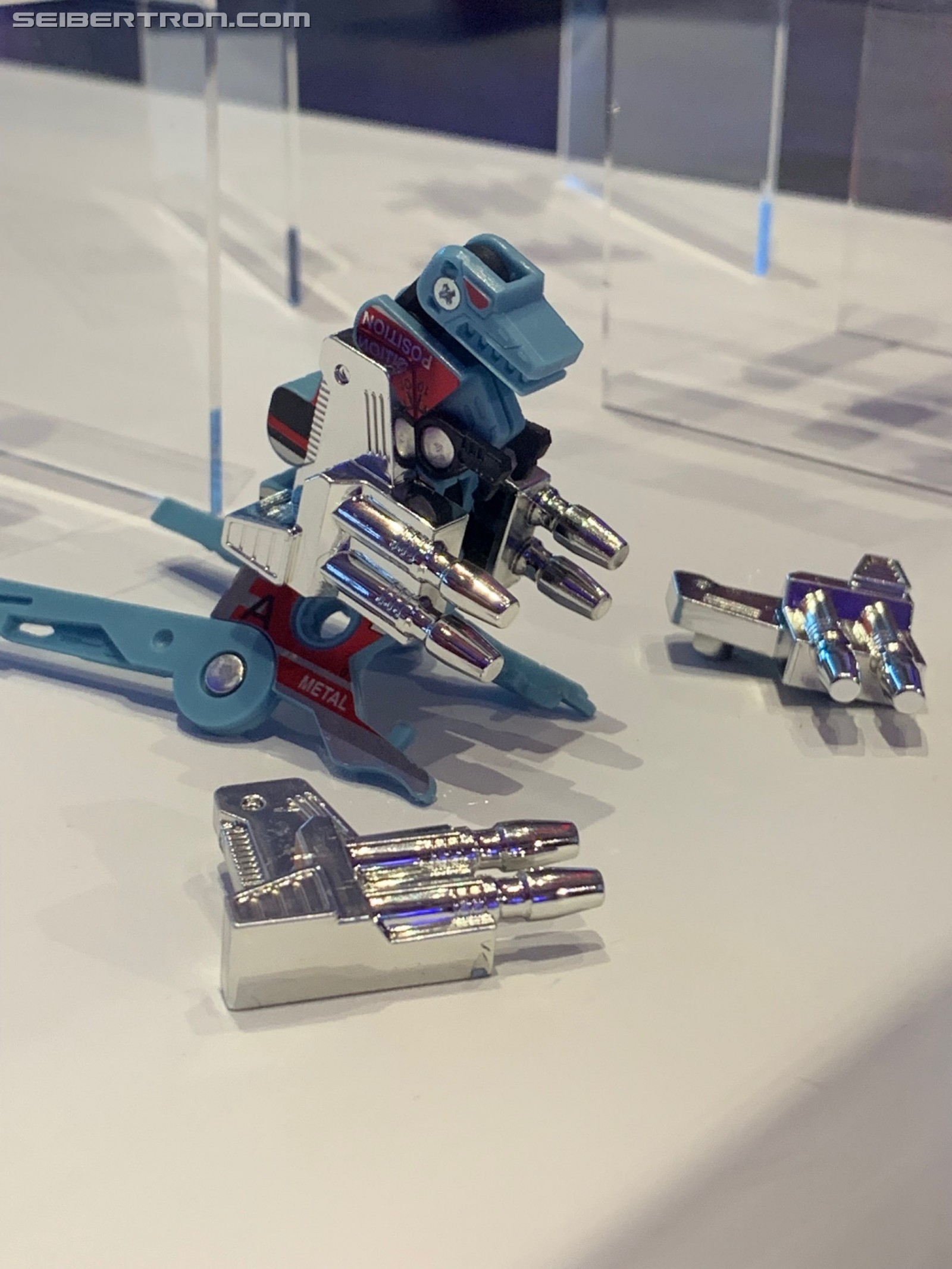 Transformers News: Images of Gurafi and Noizu Dino Cassette Pack Reissue from #SDCC2019
