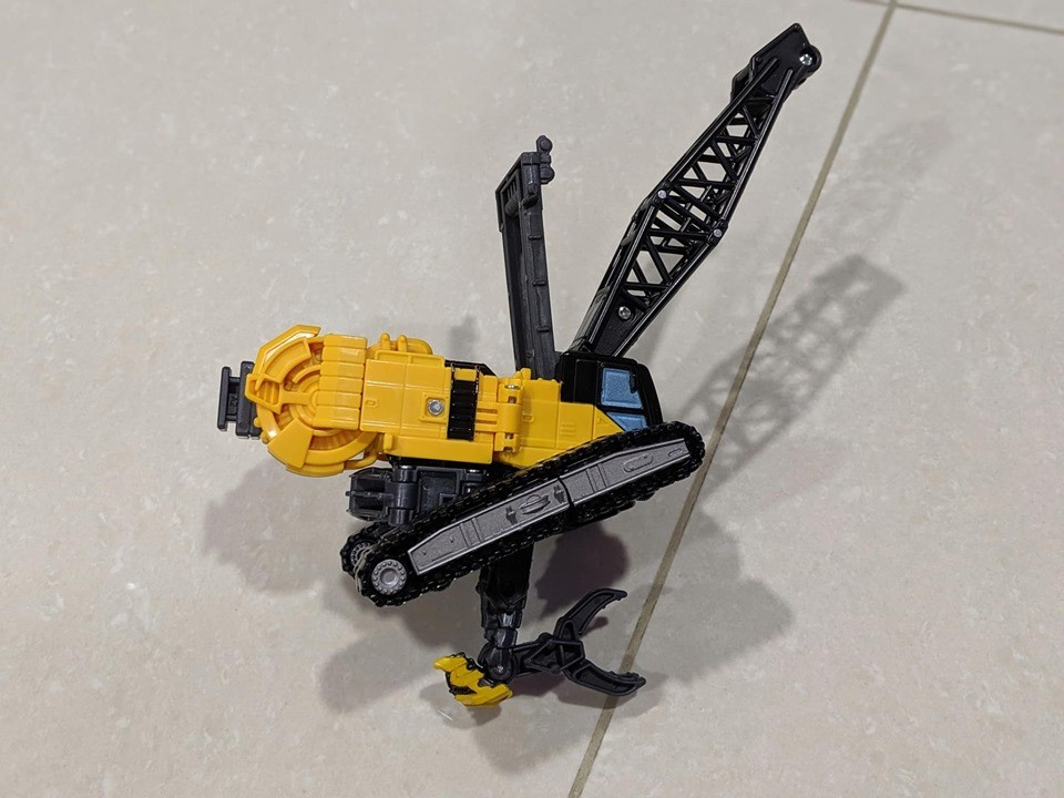 Transformers News: In Hand Images of Transformers Studio Series of Hightower, Long Haul, and KSI Boss