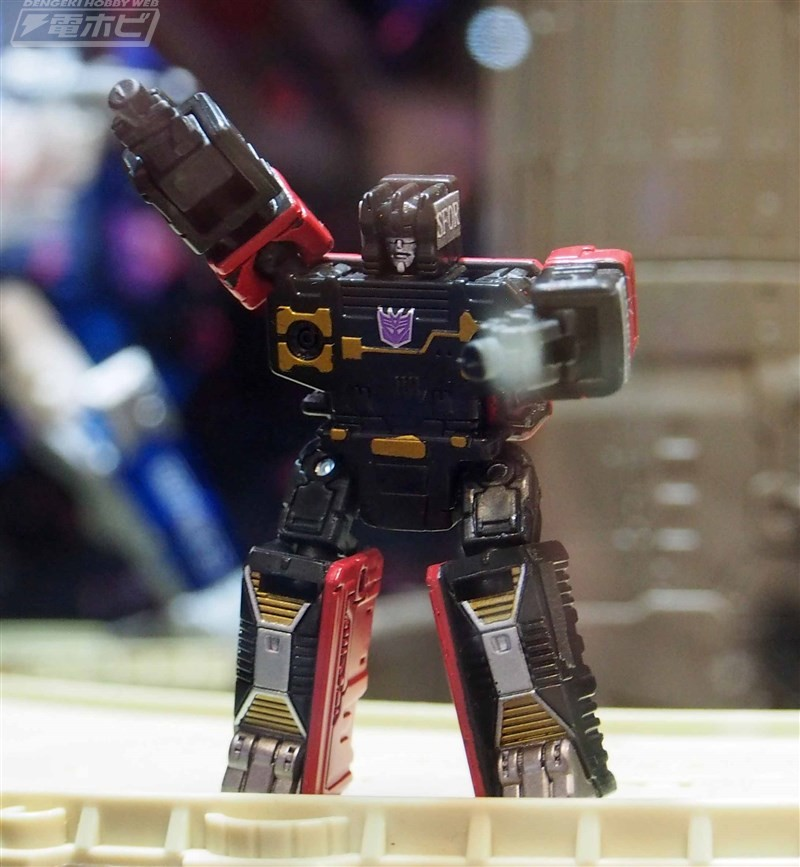 Transformers News: Tokyo Wonderfest Images of Transformers Siege Spinister, Rumble, Rung, Omega Supreme, Ratbat, Mirage