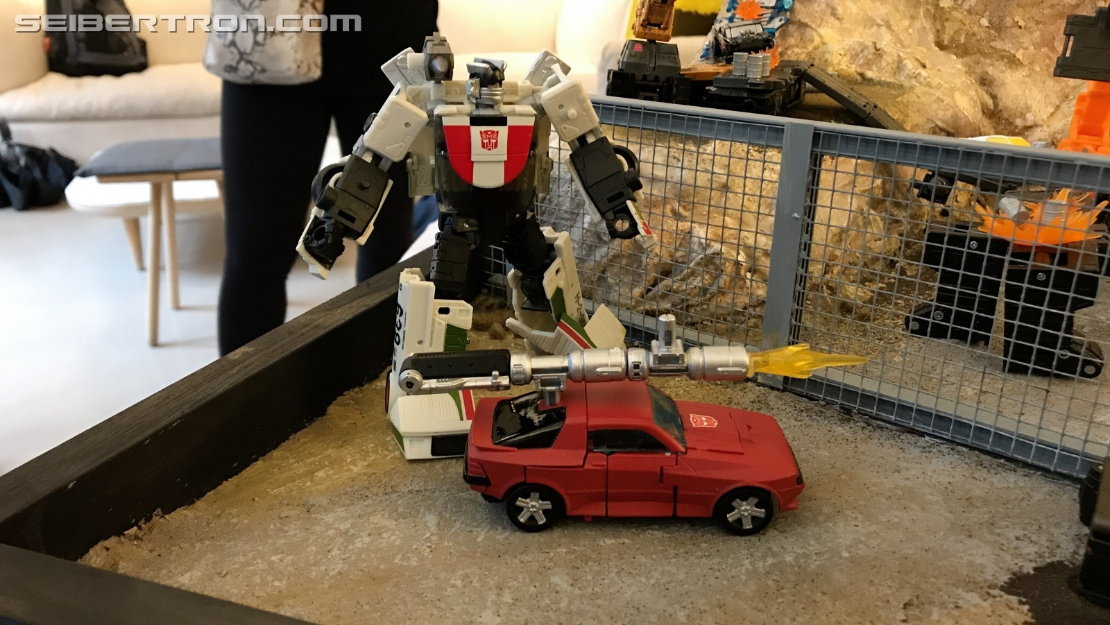 Transformers News: Transformers Earthrise Images with Hoist, Wheeljack, Cliffjumper and More #NYCC2019