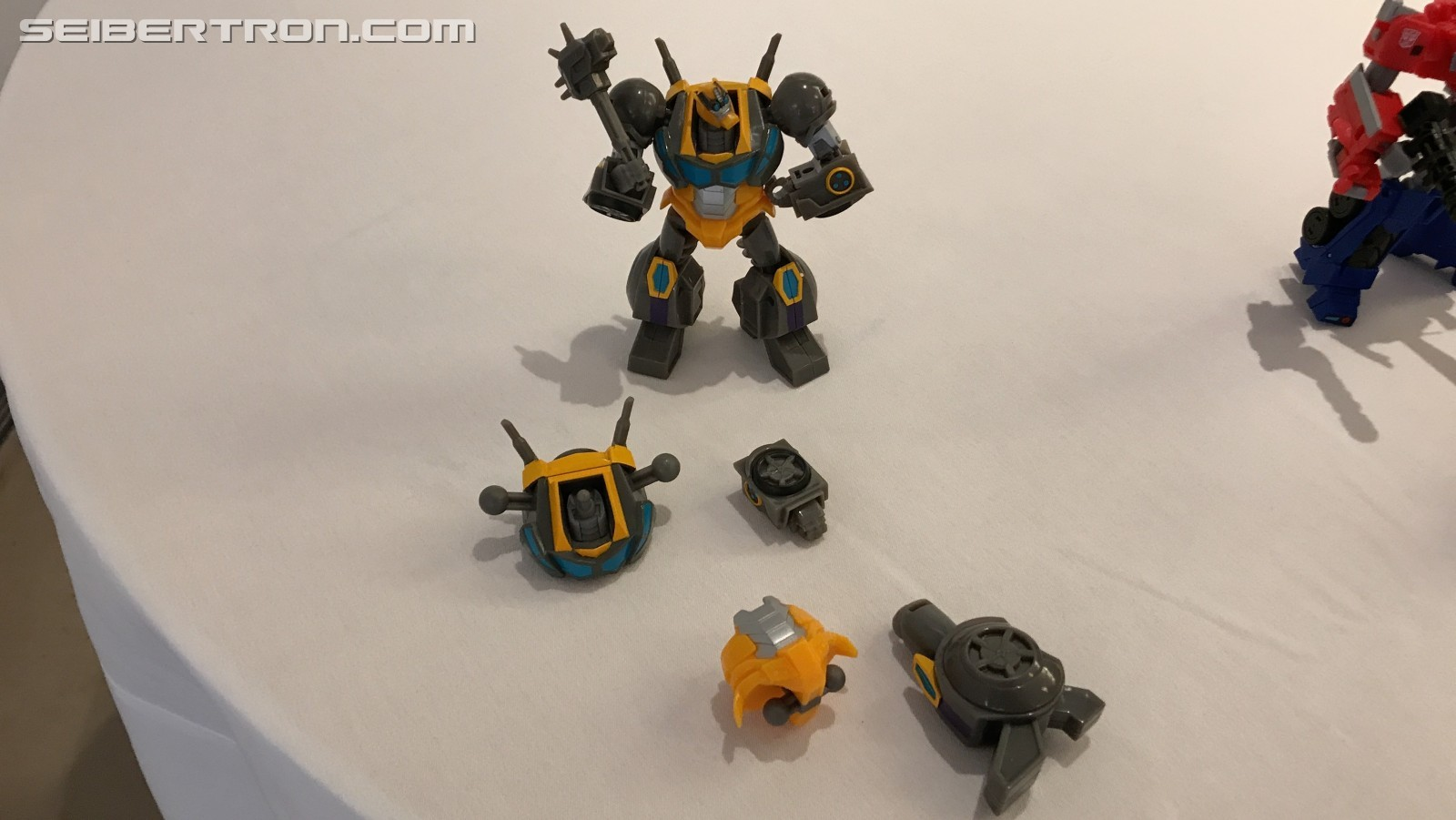 Transformers News: Build a a Figure Maccadam and More Complex Cyberverse Toys Revealed at  #NYCC2019