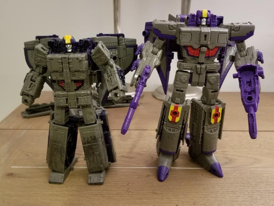 Transformers News: Image Comparing Siege Astrotrain to Titans Return Astrotrain