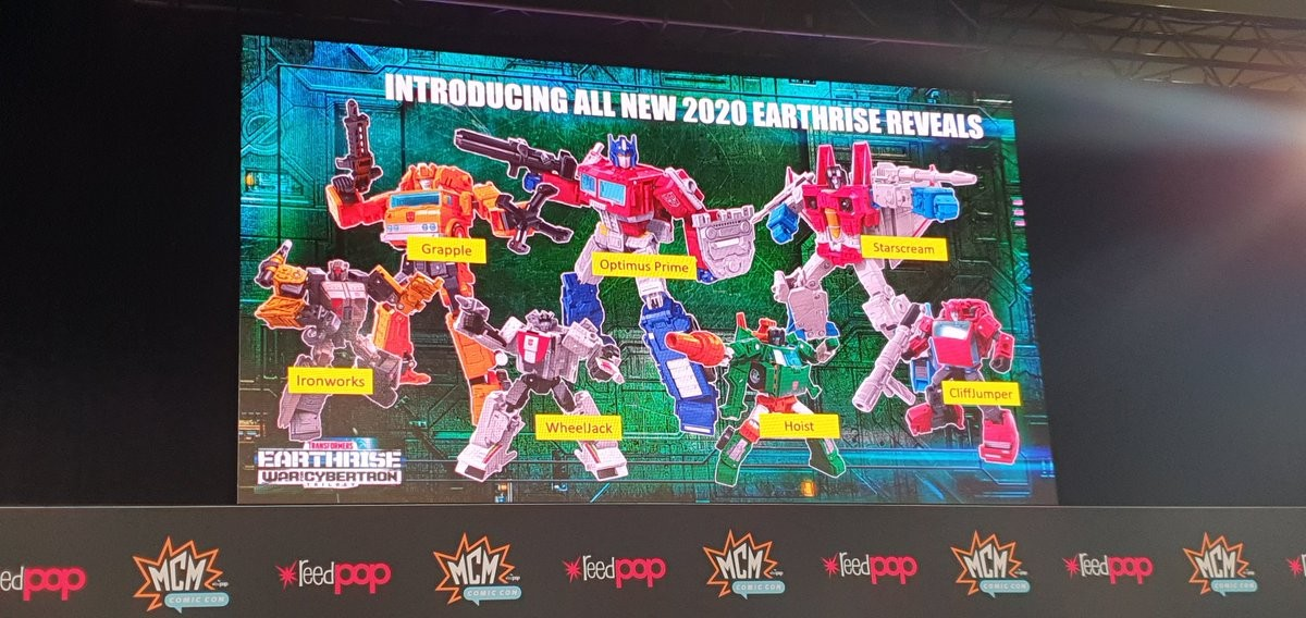 Transformers News: Cyberverse, Botbots, Srtudio Series and Earthrise Reveals at London Comic Con