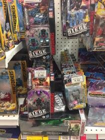 Transformers News: Siege Astrotrain and Final Siege Deluxes and Micromasters Found in US and other Countries