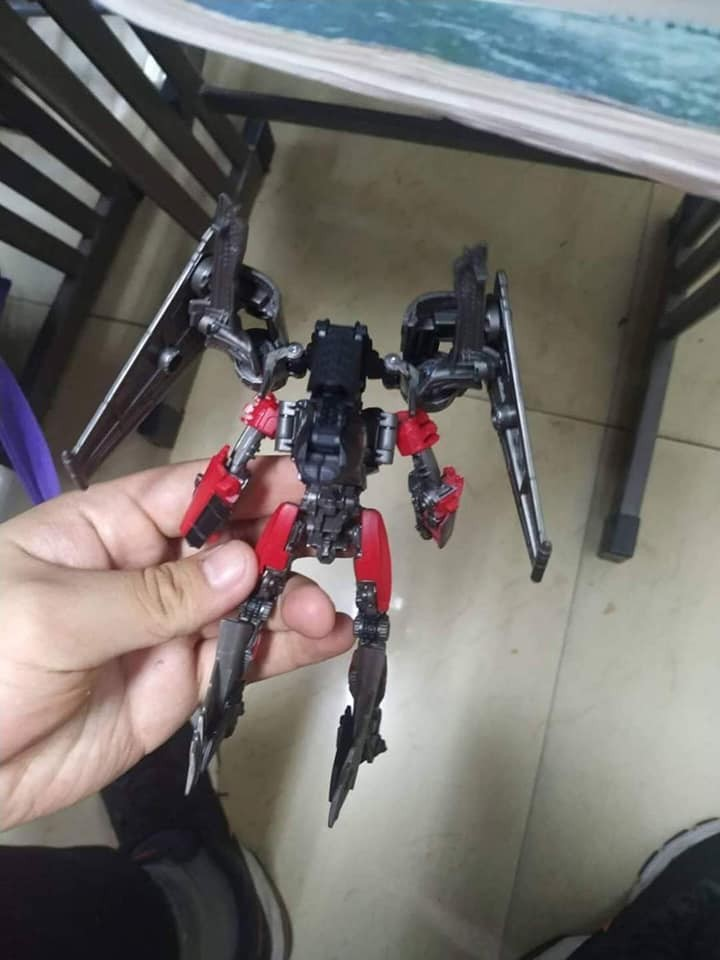 Transformers News: In Hand Images of Studio Series Jet Mode Shatter