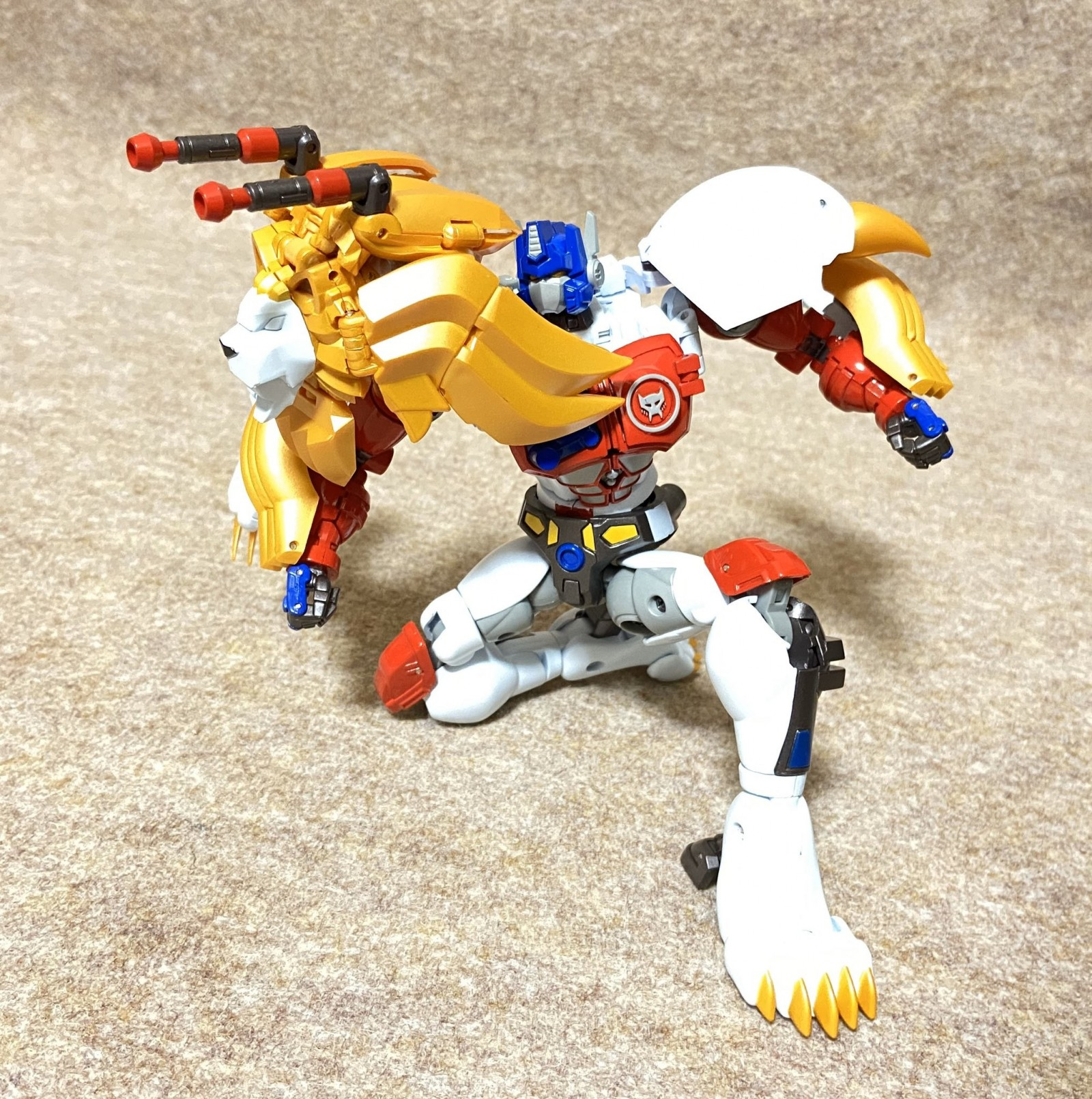 Transformers News: More In-Hand Images of MP 48 Lio Convoy