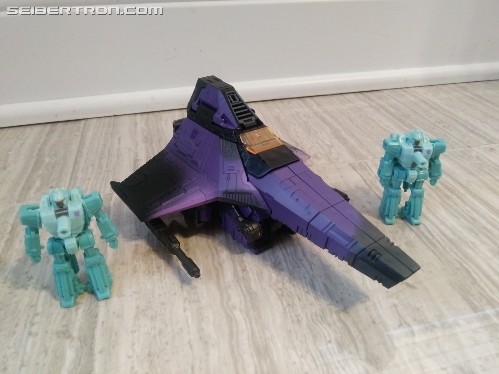 Transformers News: Pictorial Review for Hotlink with Battlemasters Heatstroke & Heartburn